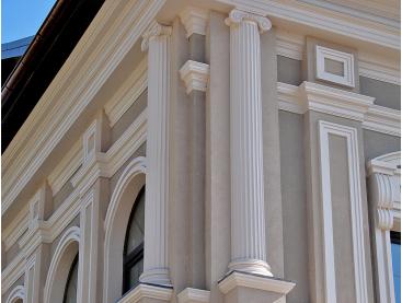 Фасадный декор из пенопласта для наружной отделки дома