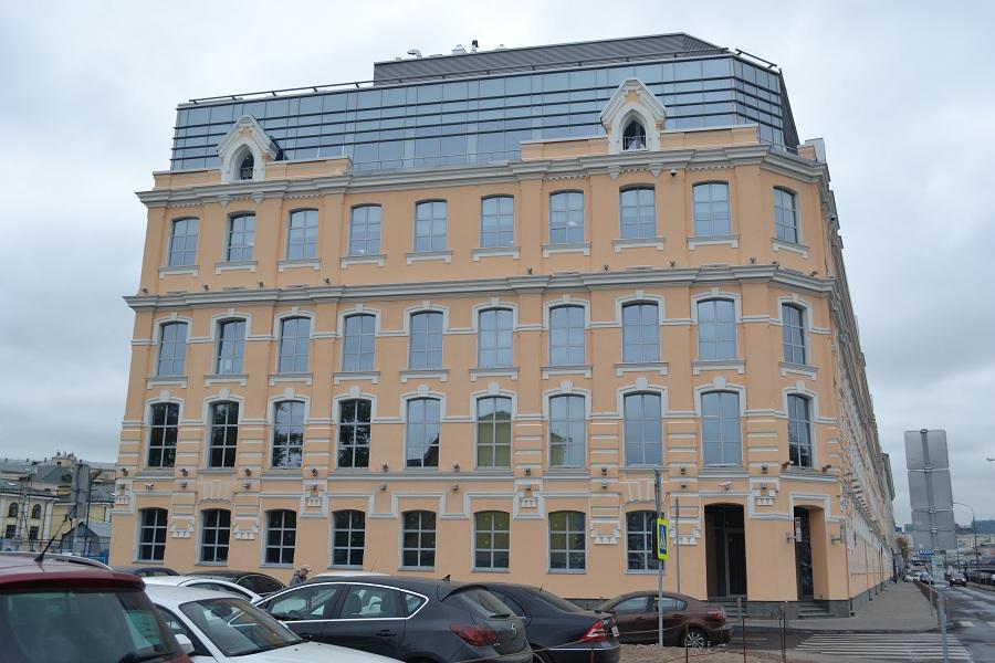 Отделка фасада офисного центра «Аврора» (Москва, ул. Садовническая), фото 1