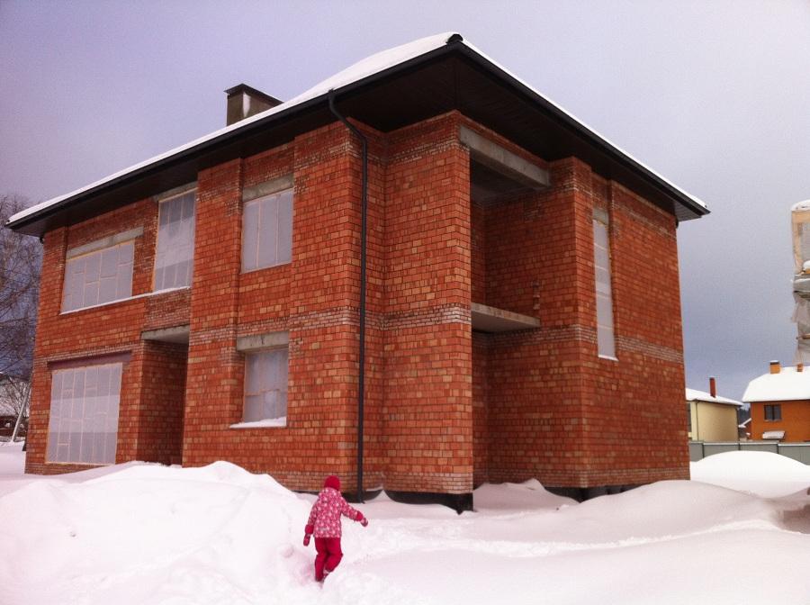 Комплекс отделочных работ по фасаду кирпичного жилого дома в поселке Первомайское (Московская область), фото 1