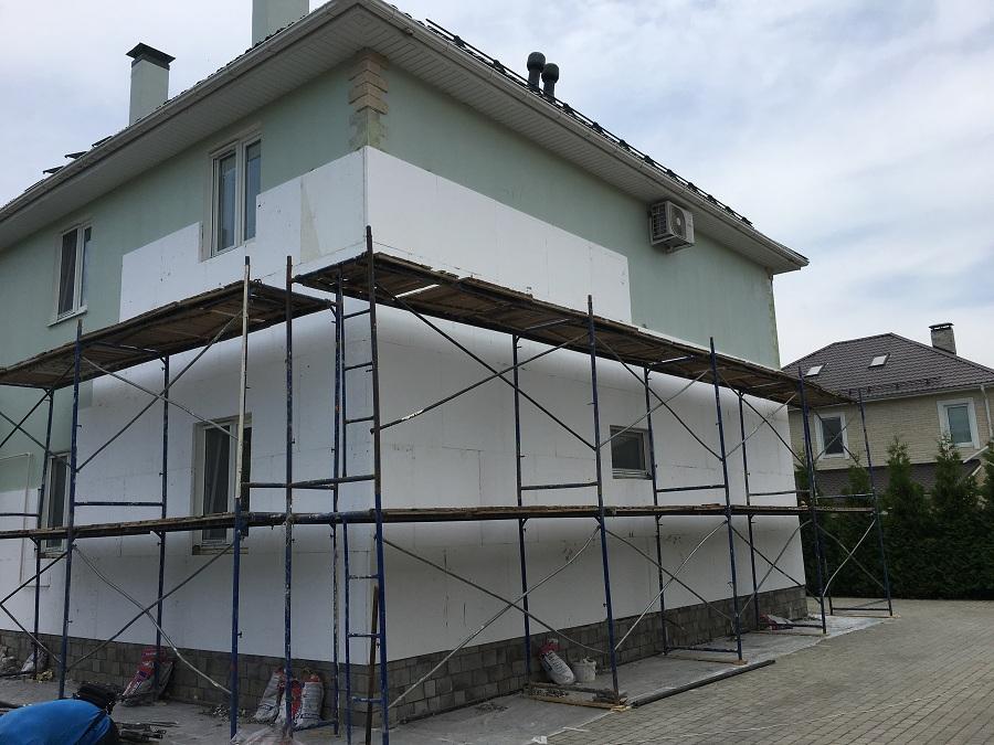 Комплексные работы по отделке фасада жилого двухэтажного дома в Брехово (Московская область), фото 6