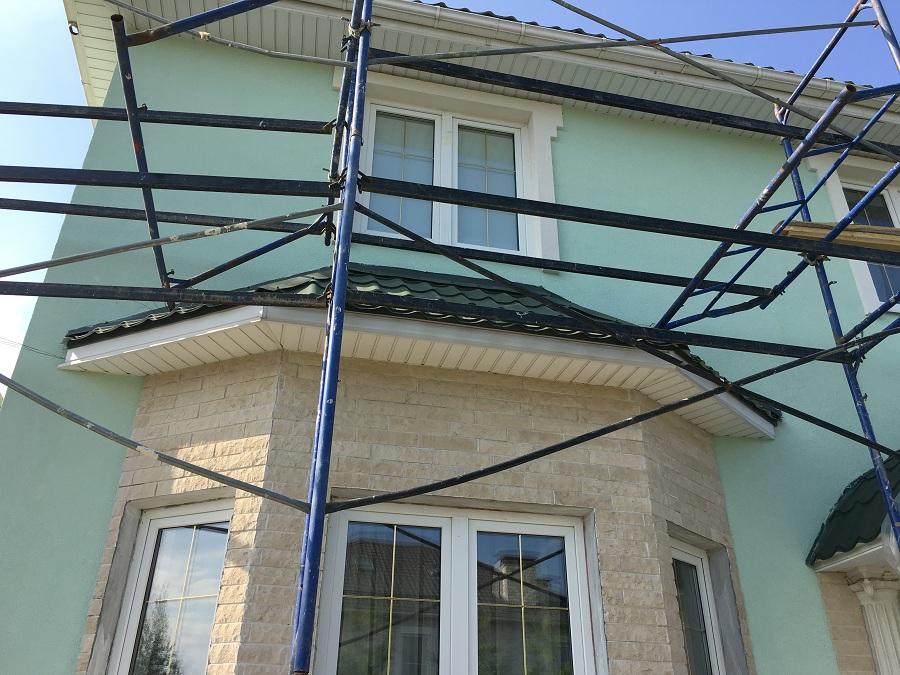 Комплексные работы по отделке фасада жилого двухэтажного дома в Брехово (Московская область), фото 7