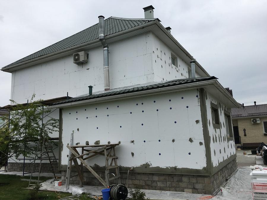 Комплексные работы по отделке фасада жилого двухэтажного дома в Брехово (Московская область), фото 9