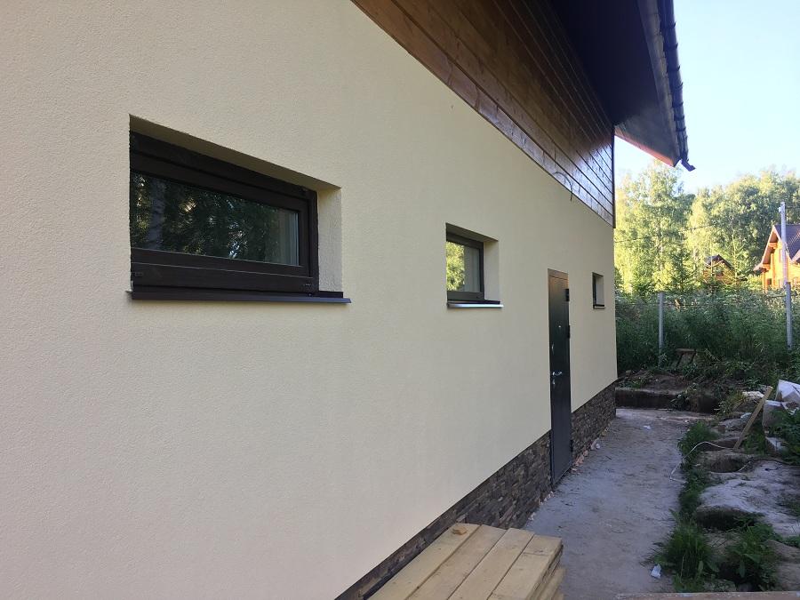 Комплексная отделка фасада двухэтажного жилого дома из блоков, фото 4